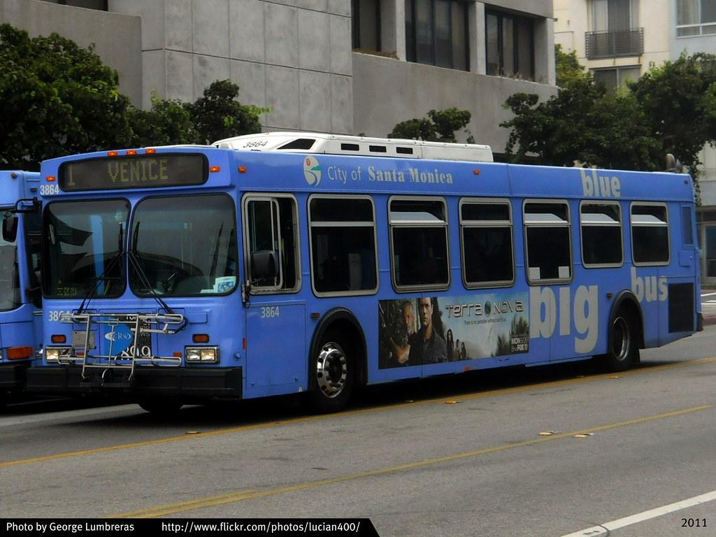 Santa Monica Big Blue Bus New Flyer D40LF #3864