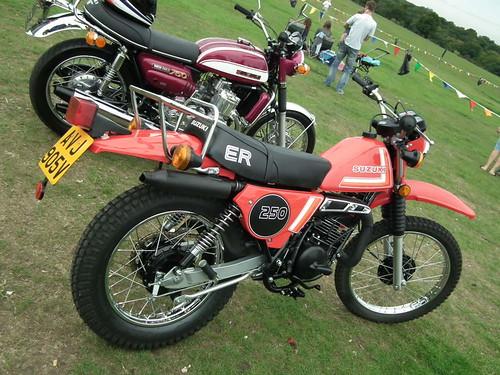 Suzuki ER 250 MOTORCYCLE