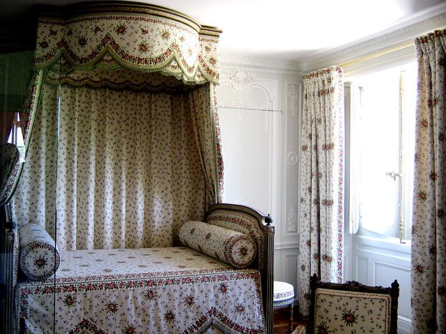 marie antoinette 39 s bedroom in the petit trianon explore