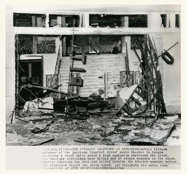 1964 terrorist bombings in Saigon - rạp chiếu bóng Capitol - Kinh Đô