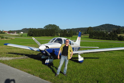 Heinz in front of PA 28