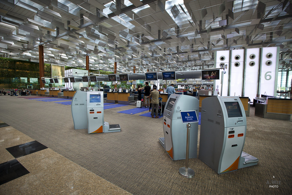 SQ Business Class Check-in at Terminal 3