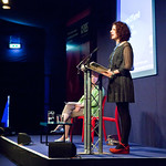 Maggie O'Farrell at lectern |