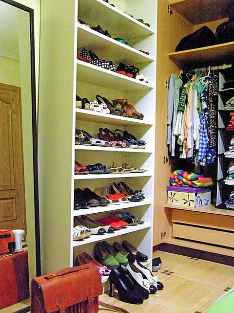 El blog de anita mi armario zapatero for Armario para zapatos