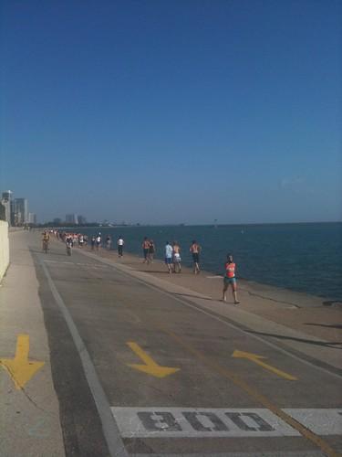 Paseo hacia la playa Ohio. ¡Toda Chicago se echó a correr el sábado por la mañana!