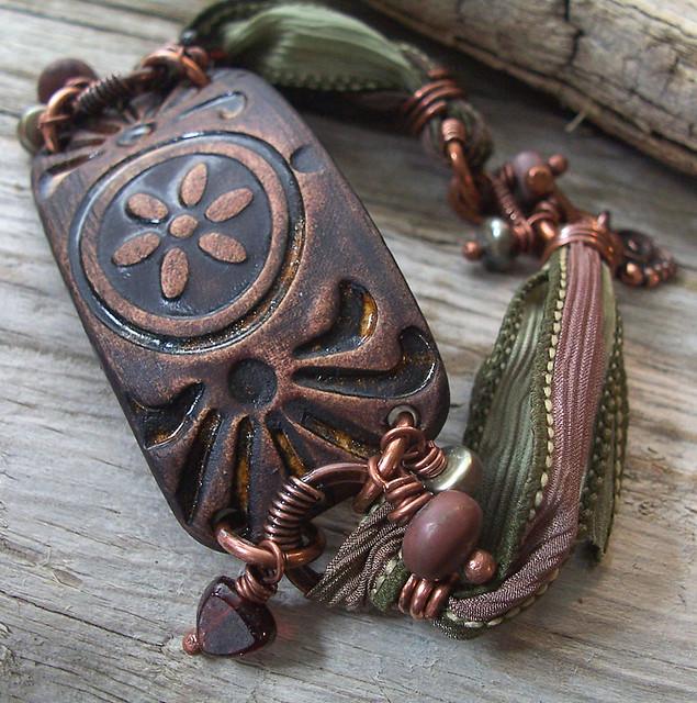 treasure island bracelet 010