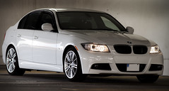 bmw 3 series gran turismo(0.0), bmw 1 series (e87)(0.0), coupã©(0.0), convertible(0.0), sports car(0.0), automobile(1.0), automotive exterior(1.0), executive car(1.0), bmw 3 series (f30)(1.0), wheel(1.0), vehicle(1.0), automotive design(1.0), bmw 320(1.0), rim(1.0), bmw 335(1.0), bumper(1.0), sedan(1.0), personal luxury car(1.0), land vehicle(1.0), luxury vehicle(1.0), vehicle registration plate(1.0),