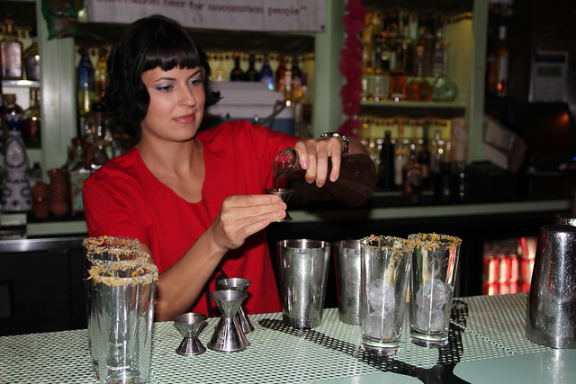 Las Perlas Bartender by Caroline on Crack