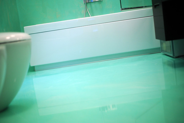 Bagno Resina verde acqua spatolato verticale autolivellant…  Flickr - Photo Sharing!