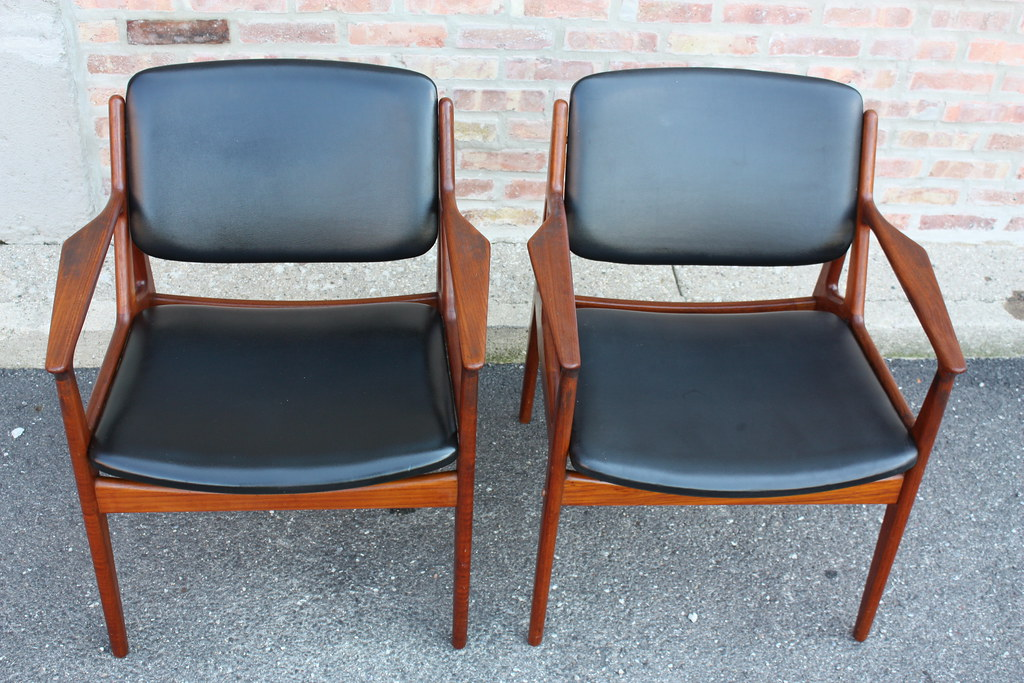 iconic arne vodder danish modern swivel back teak arm chair denmark