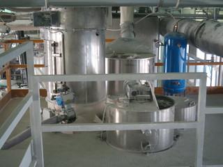 Gruppo alimentazione per impianto dosaggio gravimetrico per compound