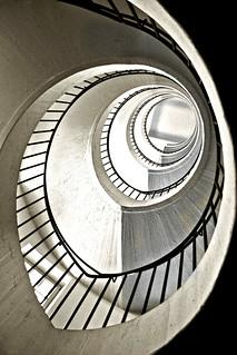 Spiraling up / Subida en espiral