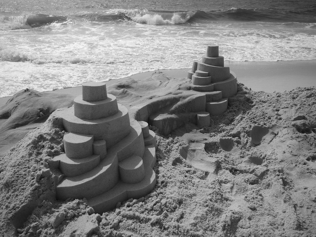 6114185727 d830144b6a b Geometric Sand Sculptures by Calvin Seibert