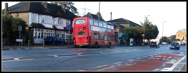 London General PVL126 on route 280 Mitcham 17/09/11.