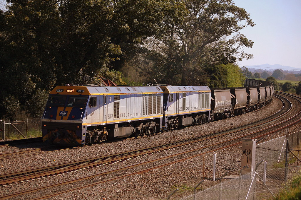 Double EL's at East Maitland by LC501