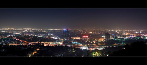 california city longexposure light usa building night canon landscape photography losangeles cityscape view nightscape unitedstates atmosphere wideangle universalcity freeway midnight 13 overlook studiocity ericlo ef24105mmf4lisusm horizontalpanorama eos5dmarkii universalcityoverlook hpano
