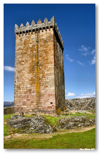 Torre de menagem do castelo de Melgaço #3 by VRfoto