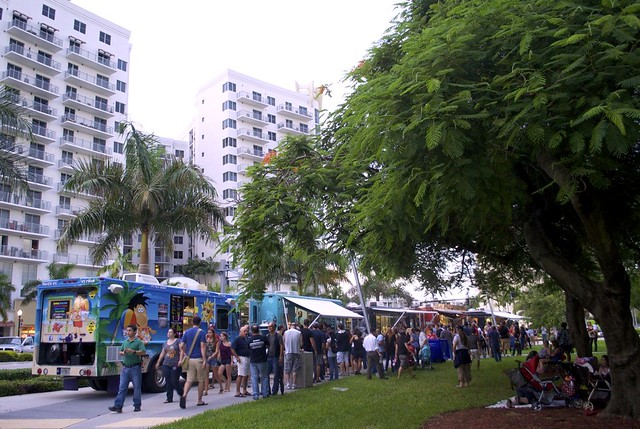 Hollywood Food Truck Invasion