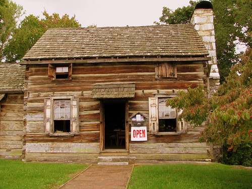 Crockett Tavern (replica) - Morristown, TN