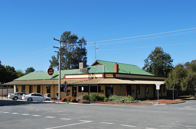 Tattersalls Club Hotel