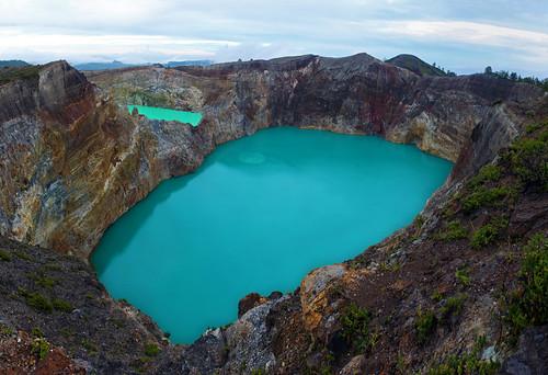 Kelimutu lakes - Tiwu Nuwa Muri Koo Fai and Tiwu Ata Polo