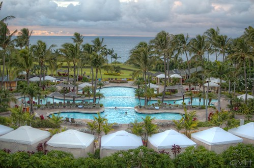 Cascading, three-tiered pool and ocean view Ritz-Carlton Kapaluaat