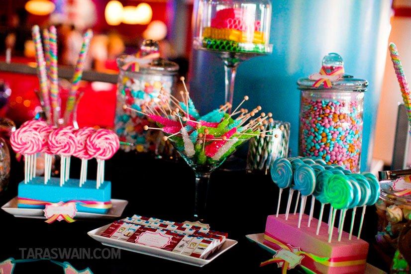 18 Totally Sweet Wedding Candy Buffet Ideas