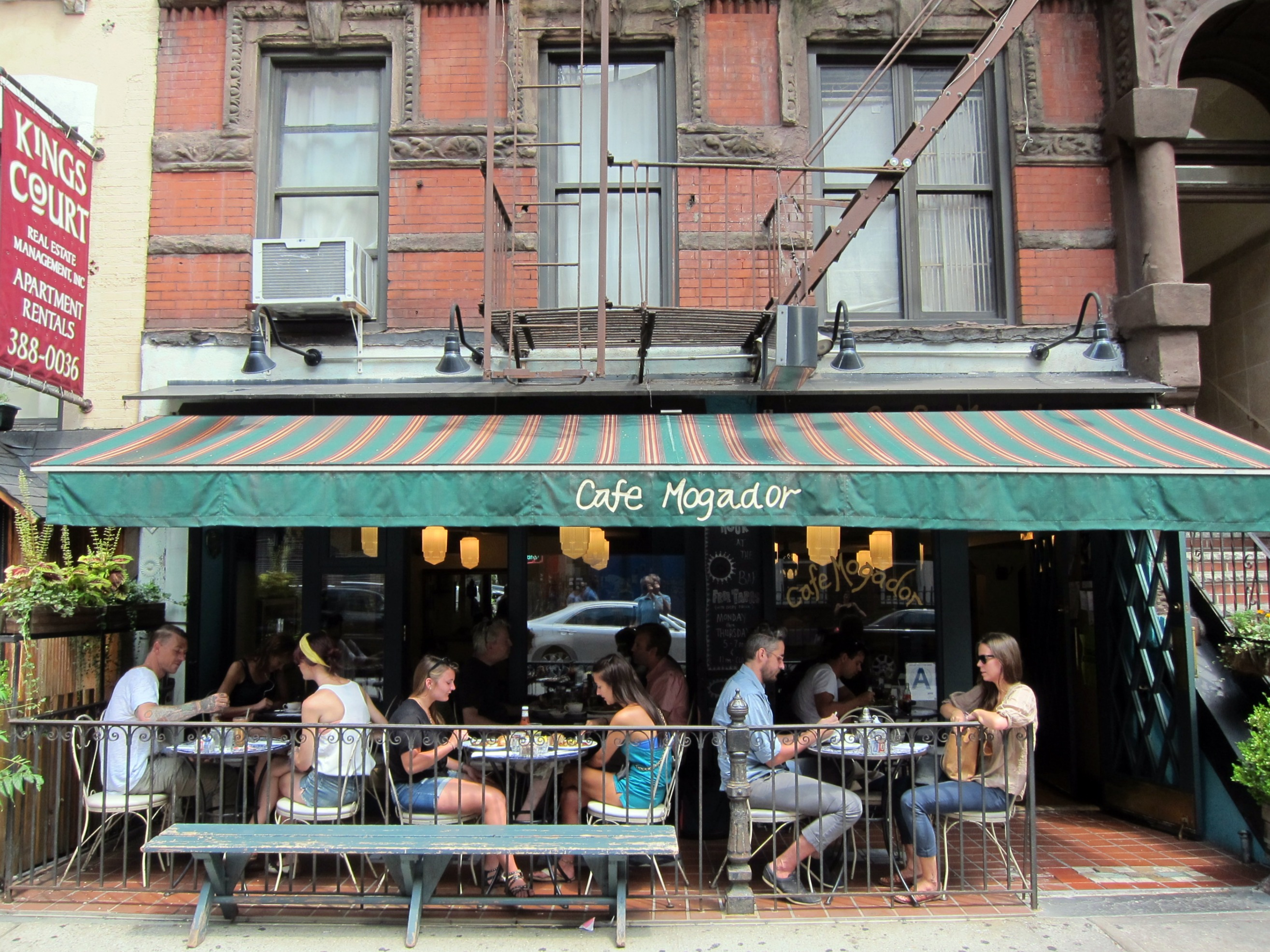 New York Restaurant Scenes