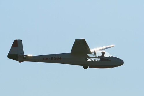 HA-5064 Glider