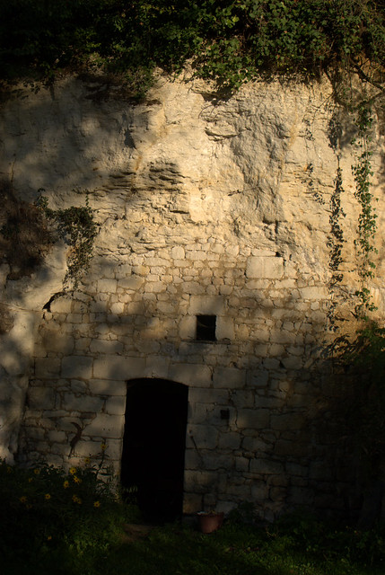 The maisons troglodyte were common in the anjou maine et loire - Maison troglodyte maine et loire ...