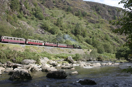 WHR 'Garrett' 143 in the Aberglaslyn Pass, Wales.