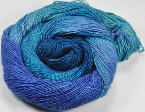 Chakra series - Chromatic sock - fingering 400 yards