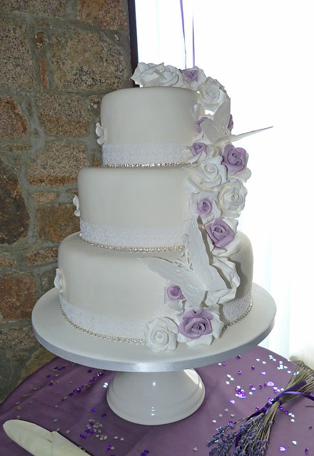 Lorene\'s blog: The guests were served with cupcakes with purple ...