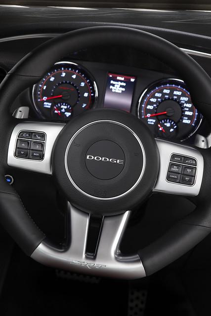 Charger Srt8: 2012 Dodge Charger SRT8