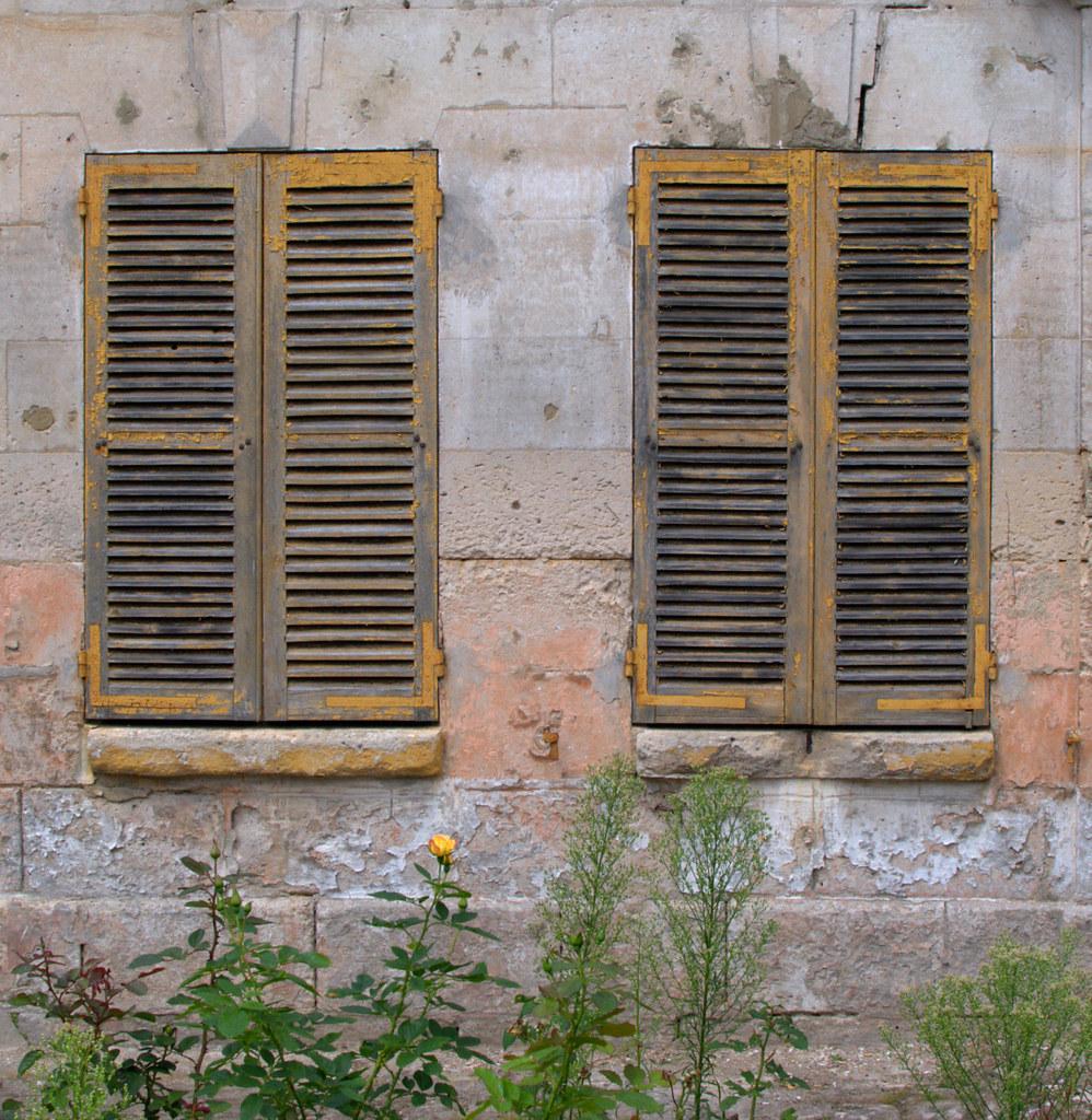Rusty shutters 2