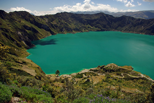 lake mountains southamerica landscape ecuador paisaje crater andes laguna montañas quilotoa sudamérica