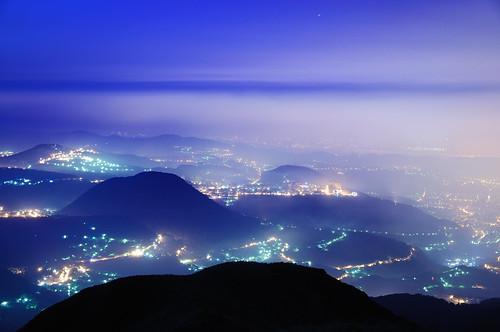 fog night sunrise taiwan taipei 台灣 台北 夜景 陽明山 風景 台北市 大屯山 日出 文化大學 藍 風景獵人