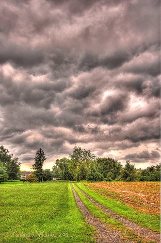 storm clouds rural farm spooky hdr