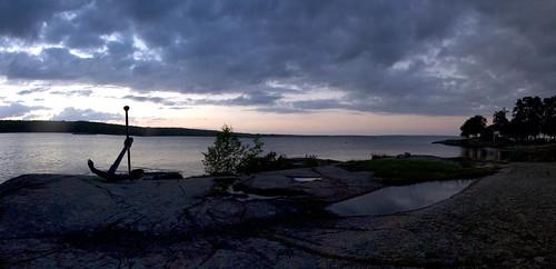 trees panorama lake water evening rocks anchor photomerge vänern vänersborg ankare skräcklan skräckleparken