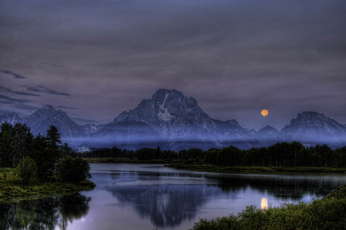 Moon over Oxbow bend