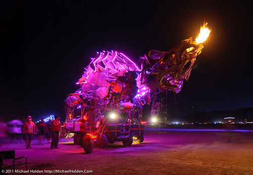 DisOrient's dragon, Burning Man 2010