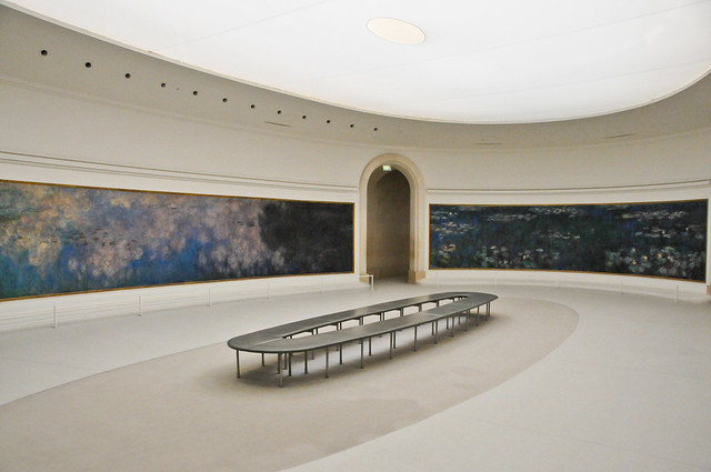 Claude Monet: Nymphéas (Water Lilies) at Musée de l'Orangerie Paris France