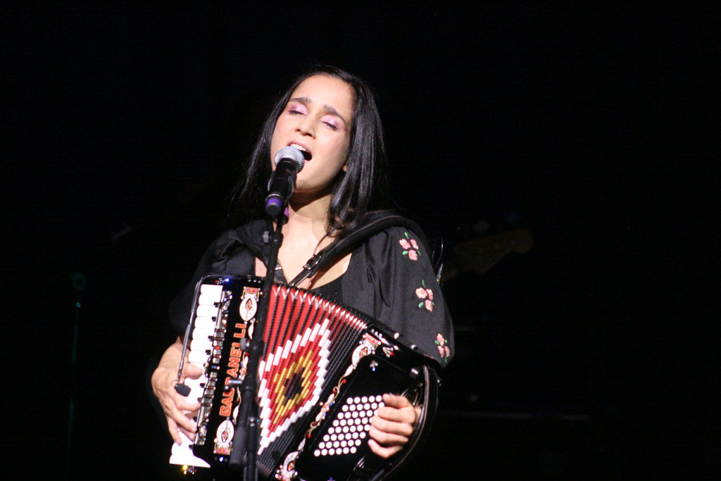 Julieta Venegas ::: Arvada Center ::: 08.16.11