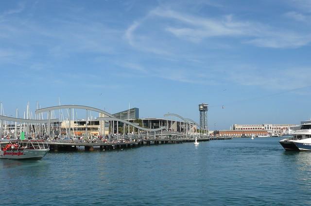 """Mare Magnum et le pont """"Rambla de Mar"""""""