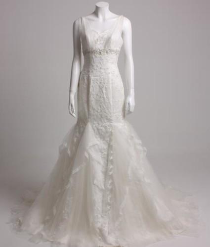 Mermaid style wedding dresses wedding dresses 25th for Silver wedding dresses 25th anniversary