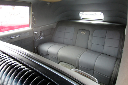 Flickriver photoset 39 1964 cadillac fleetwood series 75 for Interieur limousine