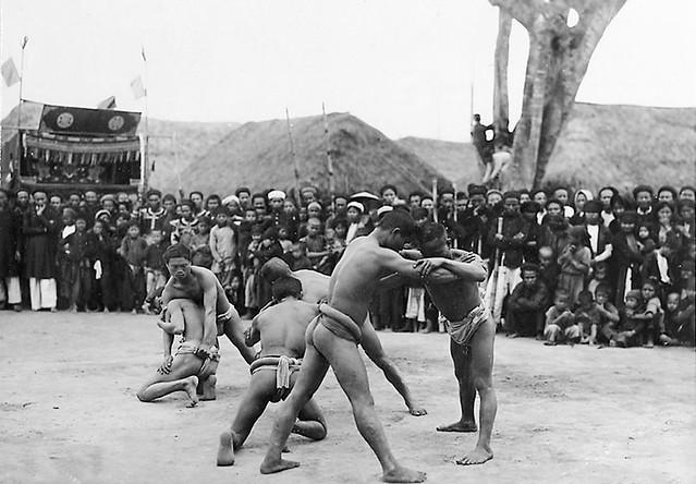 1919-26 Village de Binh Cach - Lutte