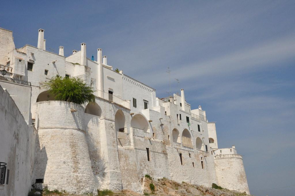 Ostuni - Torri e mura aragonesi