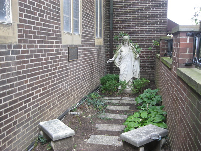 Prayer garden central christian church lexington ky for Central motors lexington ky