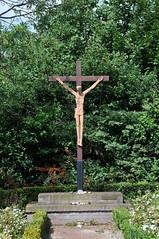 'Kruisbeeld' Bisschop Lindanussingel Roermond